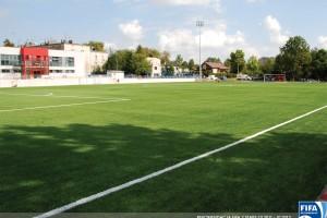 Zertifikat FIFA 2 STAR für den Sportplatz der SKRA Częstochowa